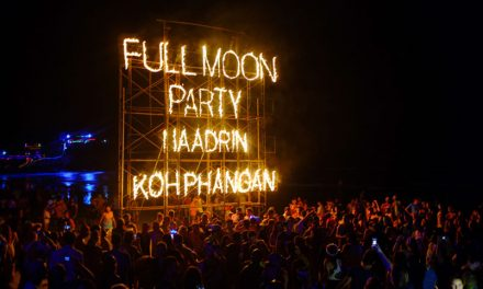 Go to the Full Moon party !