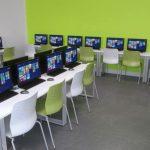 Les mobiliers connectés de Cloud Connect pour bureaux et salles de classe
